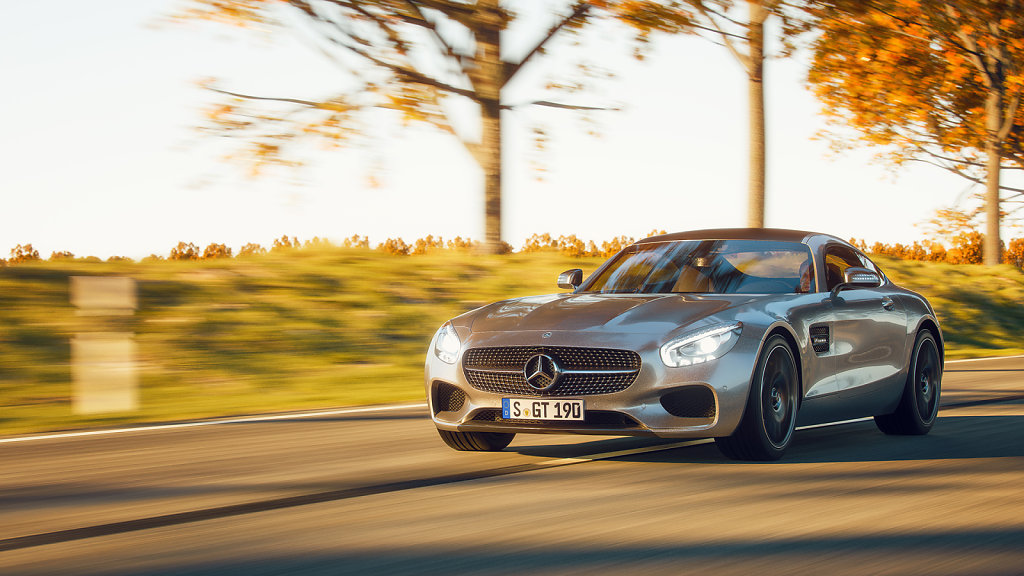 01 / AMG GT on the road